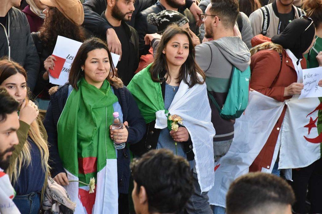 El Gallico de San Cernin. 14-03-2019. Munadhilin Gorriak XI. Argelia: campaña electoral, manifestaciones historia reciente.